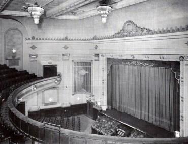 Photograph of Stourbridge Odeon 1940